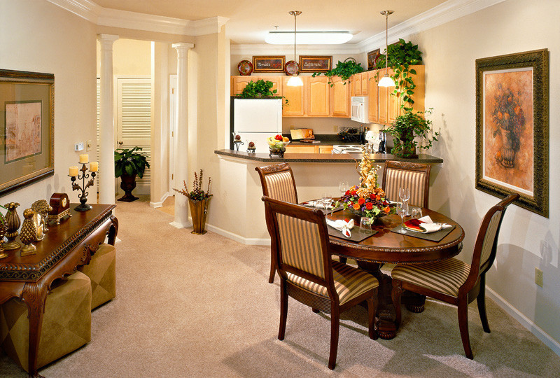 Stone creek village luxury apartments in charlottesville va for One bedroom apartments in charlottesville va